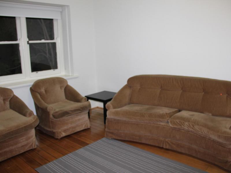 St Kilda East, VIC - $320