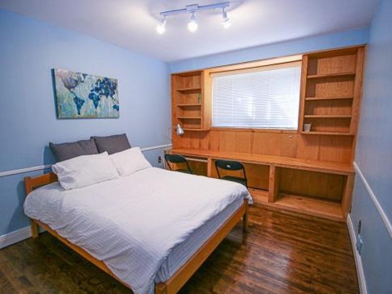 Westmount, QC - $810