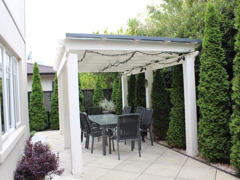 Pergola and outdoor dining area