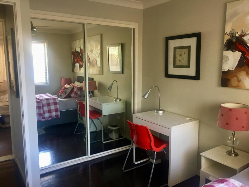 Holland Park, QLD - $250