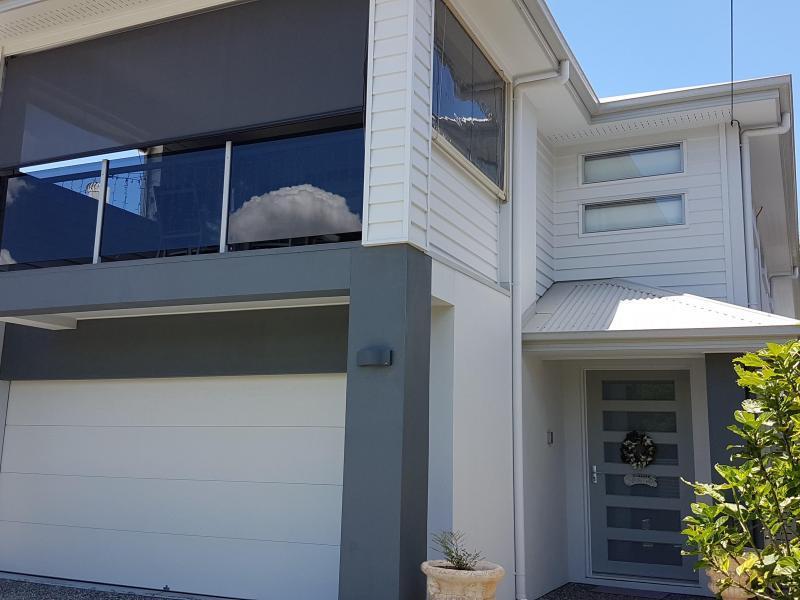 Woolloongabba, QLD - $300
