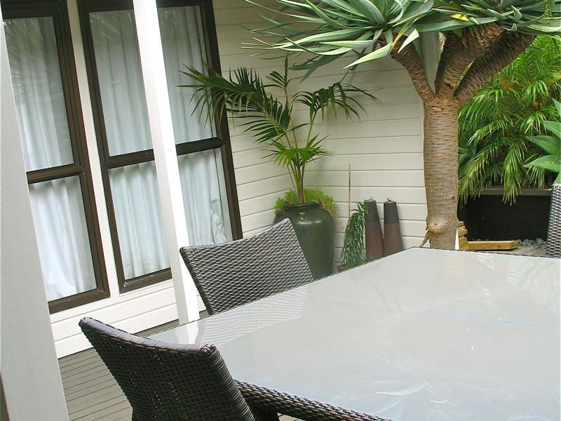 Auckland - $200