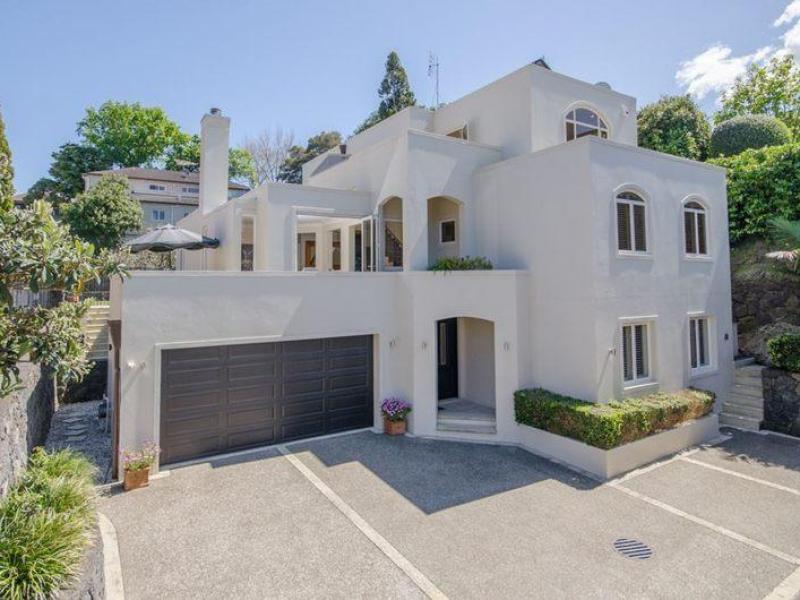 Auckland - $560