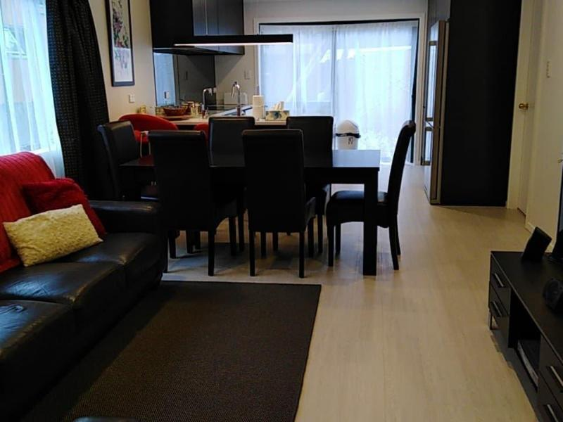 Lounge/kitchen