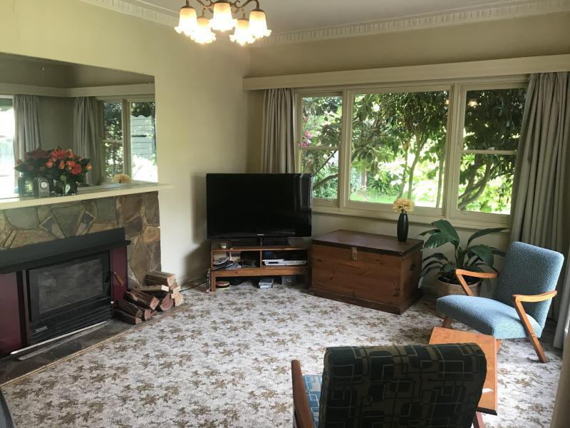 Ringwood East, VIC - $300