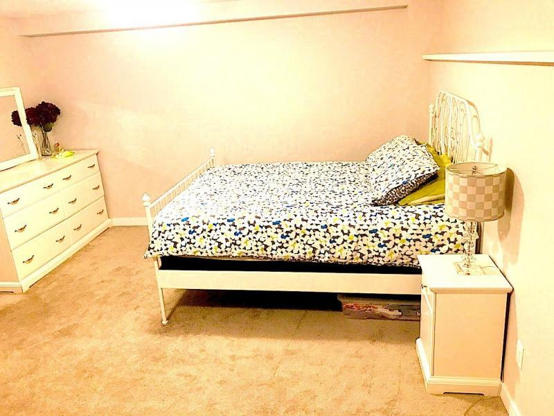 Bright, cozy upstairs new bedroom with private bath & bathroom.