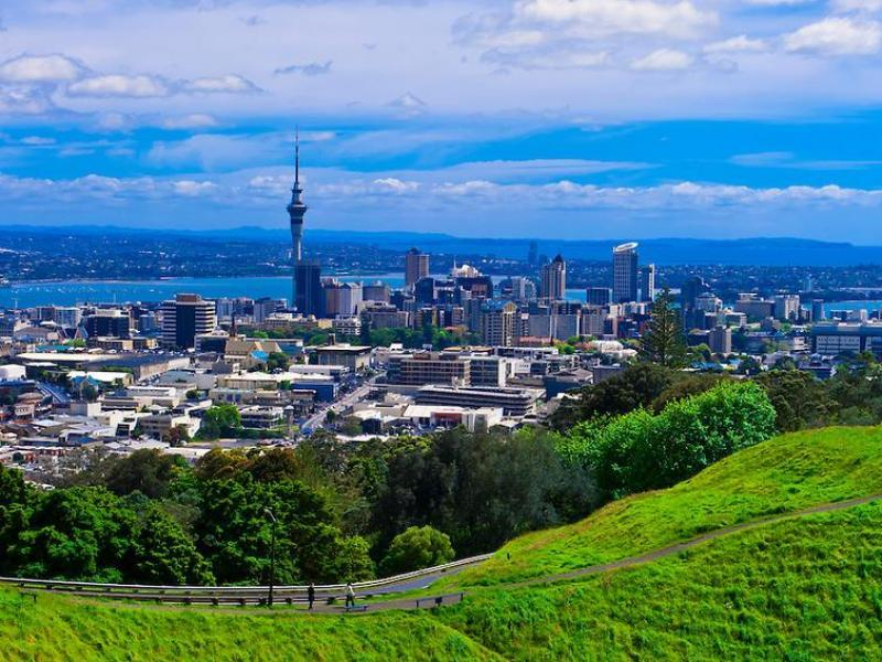 View of Auckland City from Mt Roskill