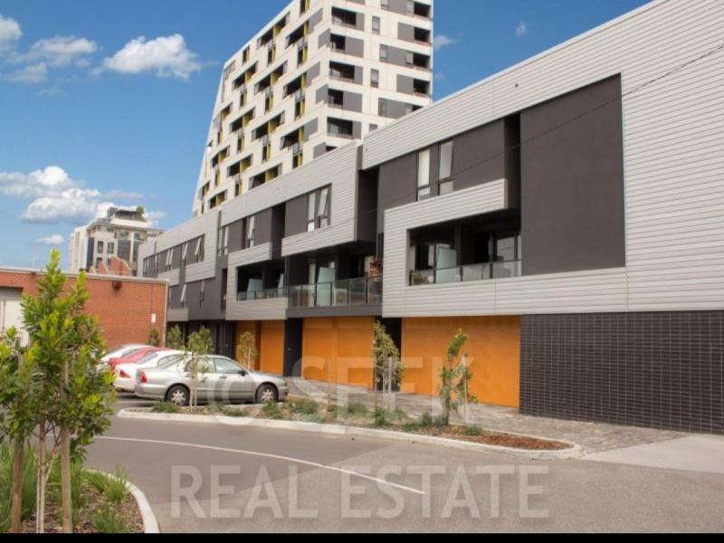Footscray, VIC - $300