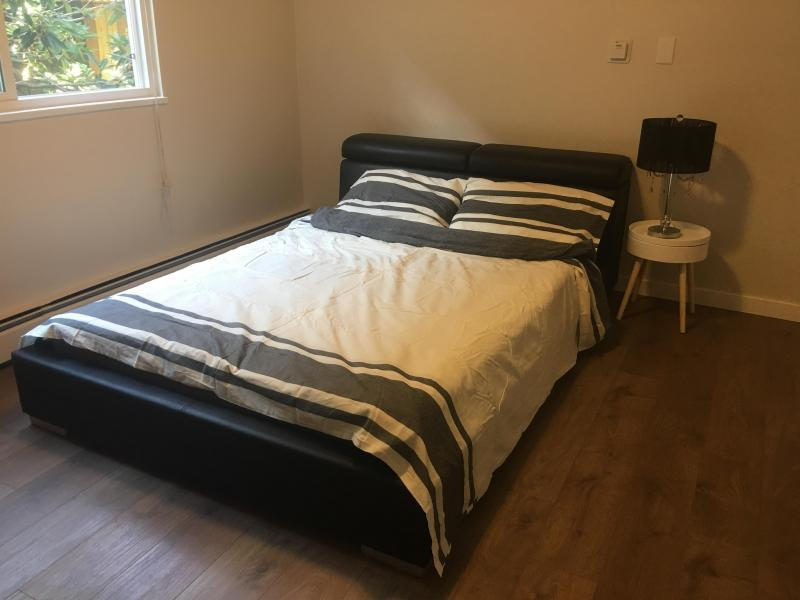 Big bright clean bedroom with quenn bed and private bathroom!