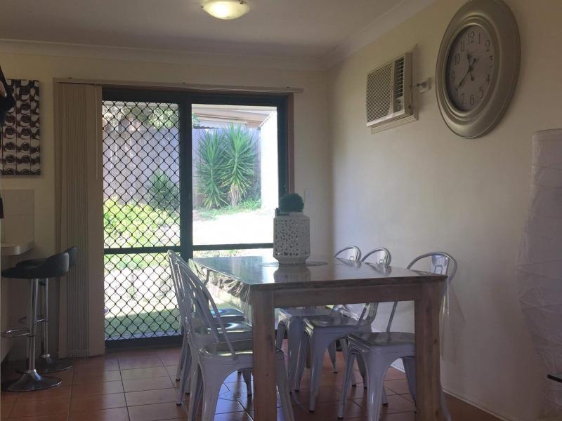 Alexandra Hills, QLD - $160