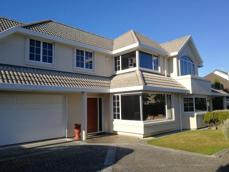 Lower Hutt, Wellington - $250