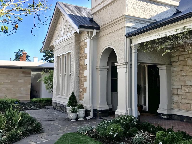 beautiful Queen Adelaide villa with new renovation