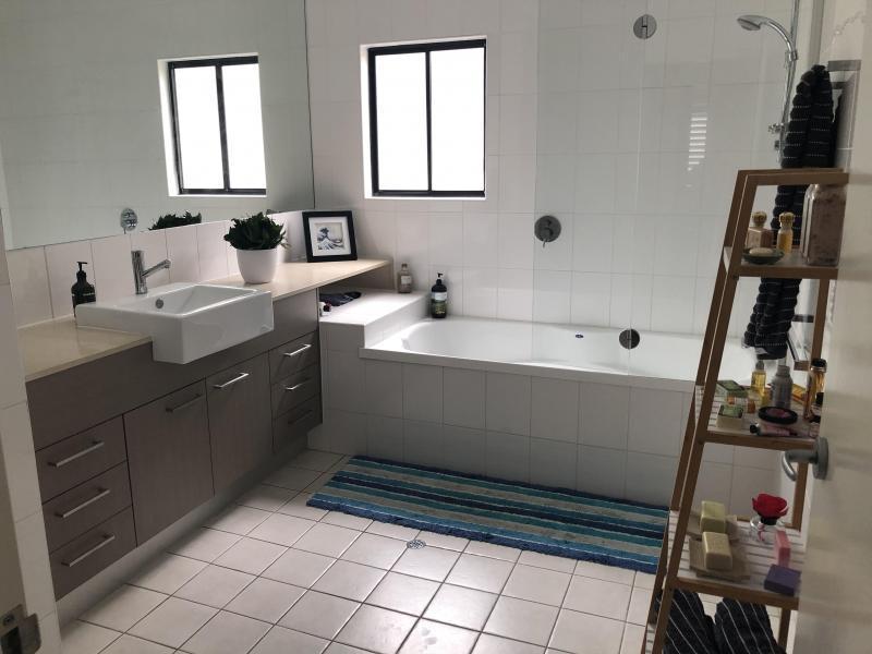 Bulimba, QLD - $270