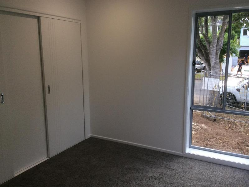 Indooroopilly, QLD - $350